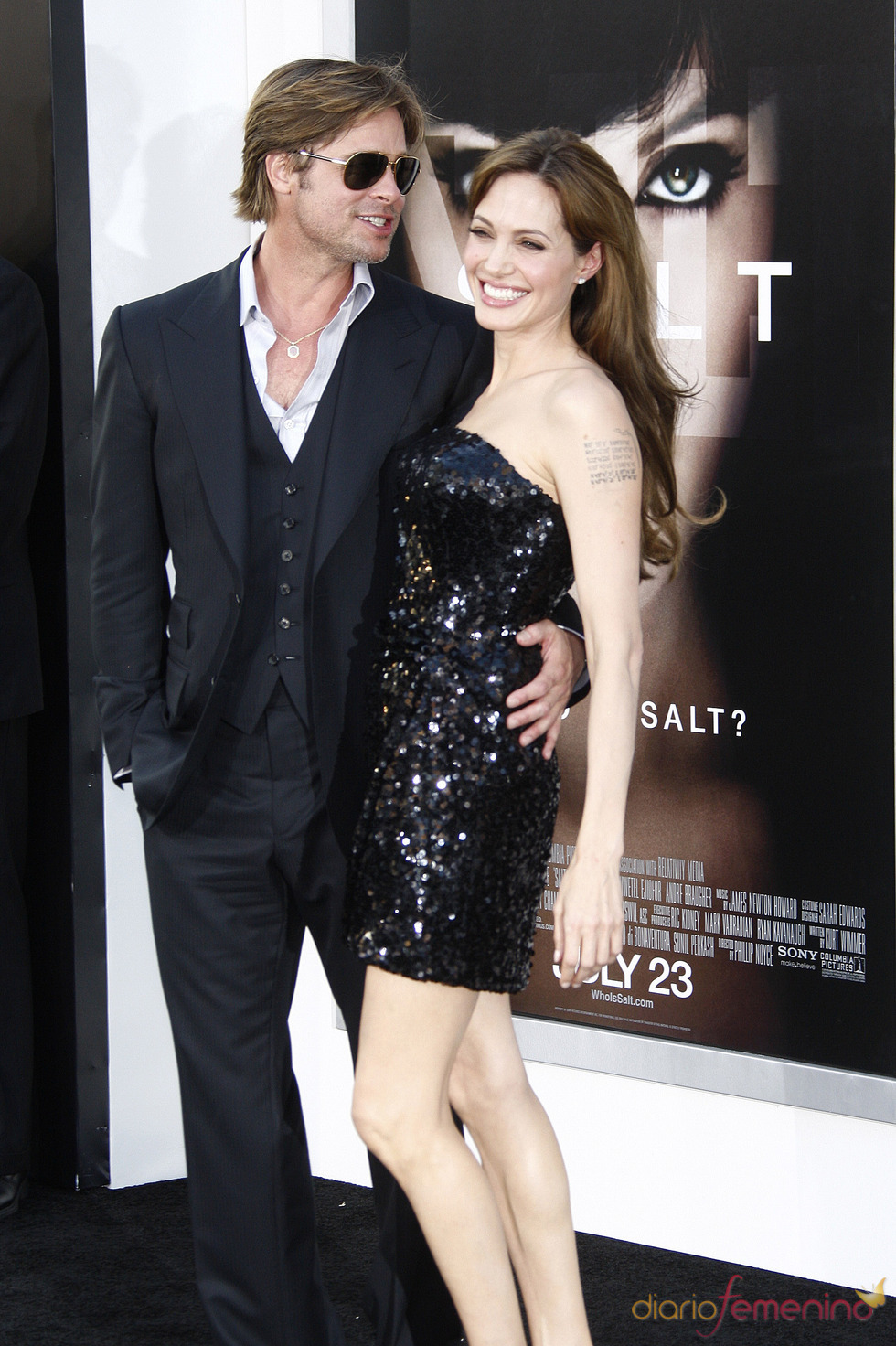 Angelina Jolie y Brad Pitt, felices en el estreno de 'Salt'