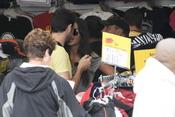 Iker Casillas y Sara Carbonero en una tienda en San Francisco