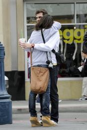 Iker Casillas y Sara Carbonero se abrazan en San Francisco