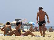 Sergio Ramos luce torso en la playa