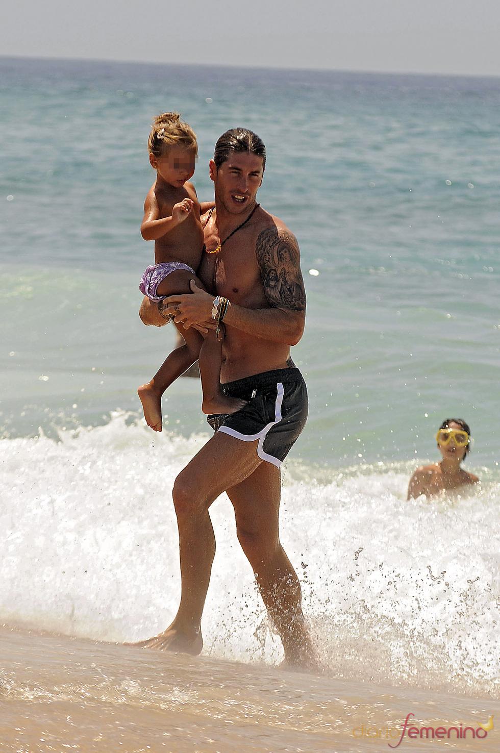 Sergio Ramos, con su familia en Cádiz