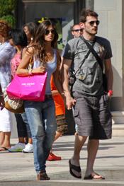 Iker Casillas y Sara Carbonero visitan las tiendas más exclusivas de Rodeo Drive