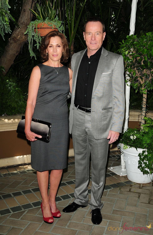 Bryan Cranston y su esposa en el almuerzo de la HFPA