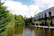 Los negocios de Ámsterdam se aprovechan de la belleza de sus canales