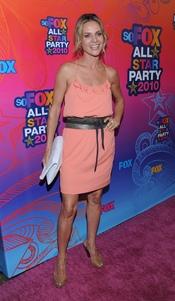 Jessalyn Gilsig en la fiesta All-Star de Fox