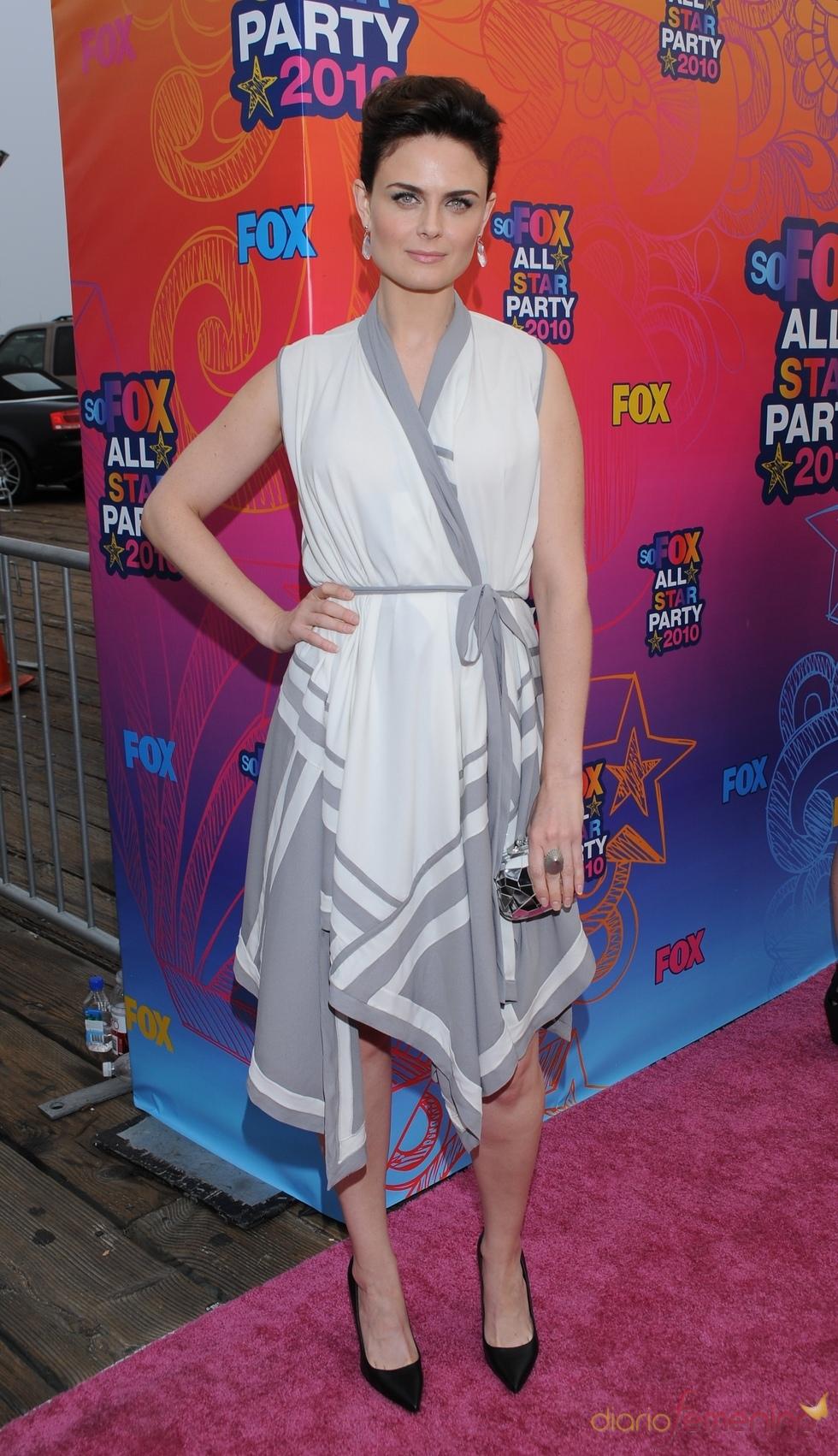 Emily Deschanel en la fiesta All-Star de Fox