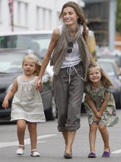 Letizia corre con Leonor y Sofía