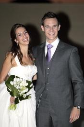 Almudena Cid y Christian Gálvez bromean tras su boda