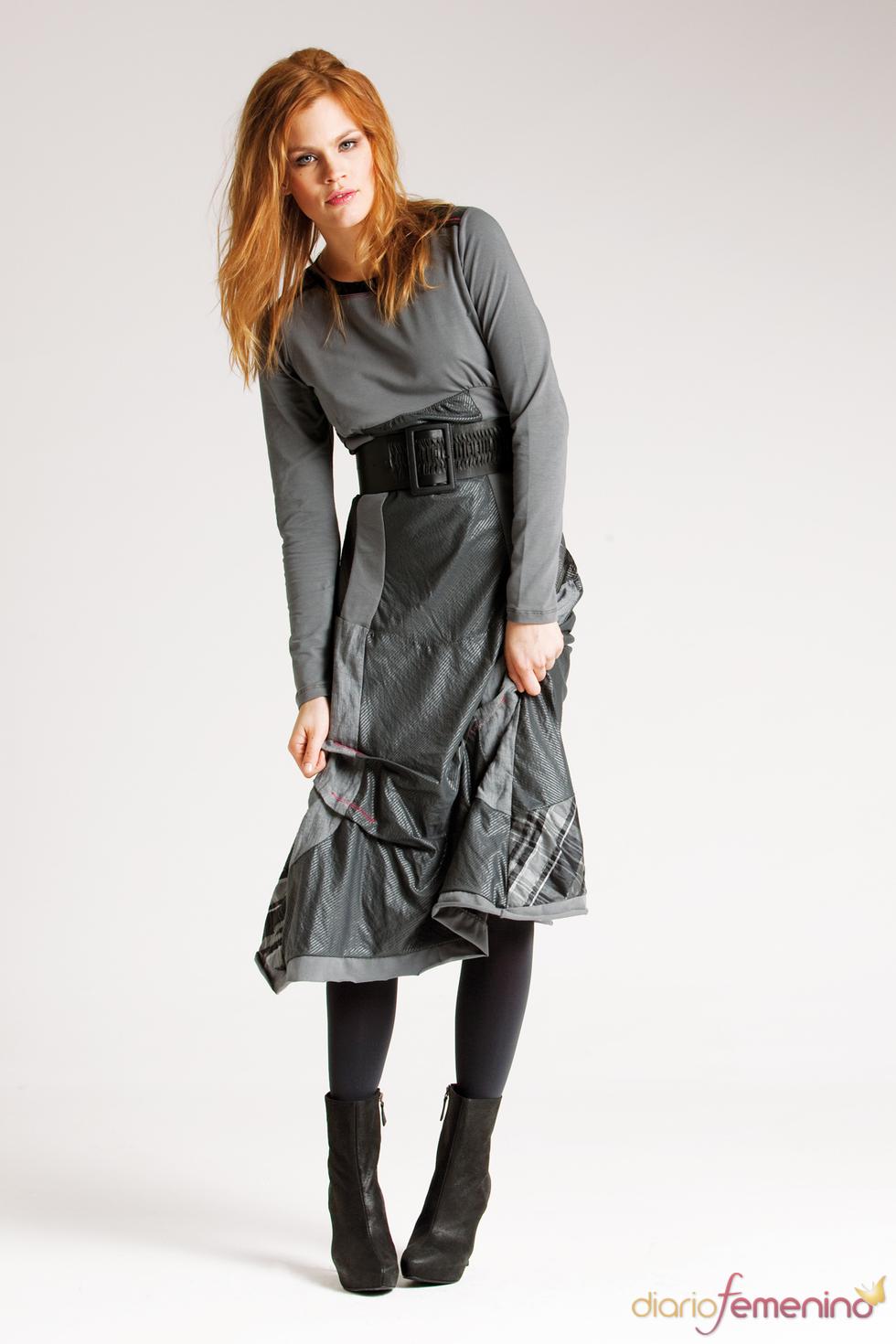 Vestido en tonos grises de Messcalino