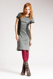 Vestido gris ceñido de Messcalino