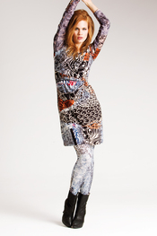 Vestido estampado con leggings de Messcalino