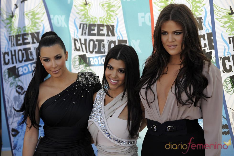 Las hermanas Kardashian escriben su biografía