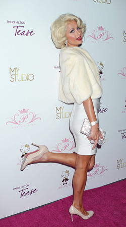 Paris Hilton, a lo Marilyn Monroe