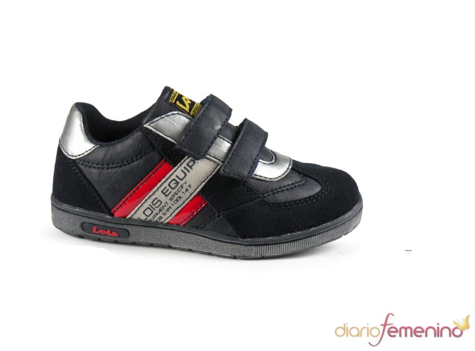 Zapatillas con tiras de Lois