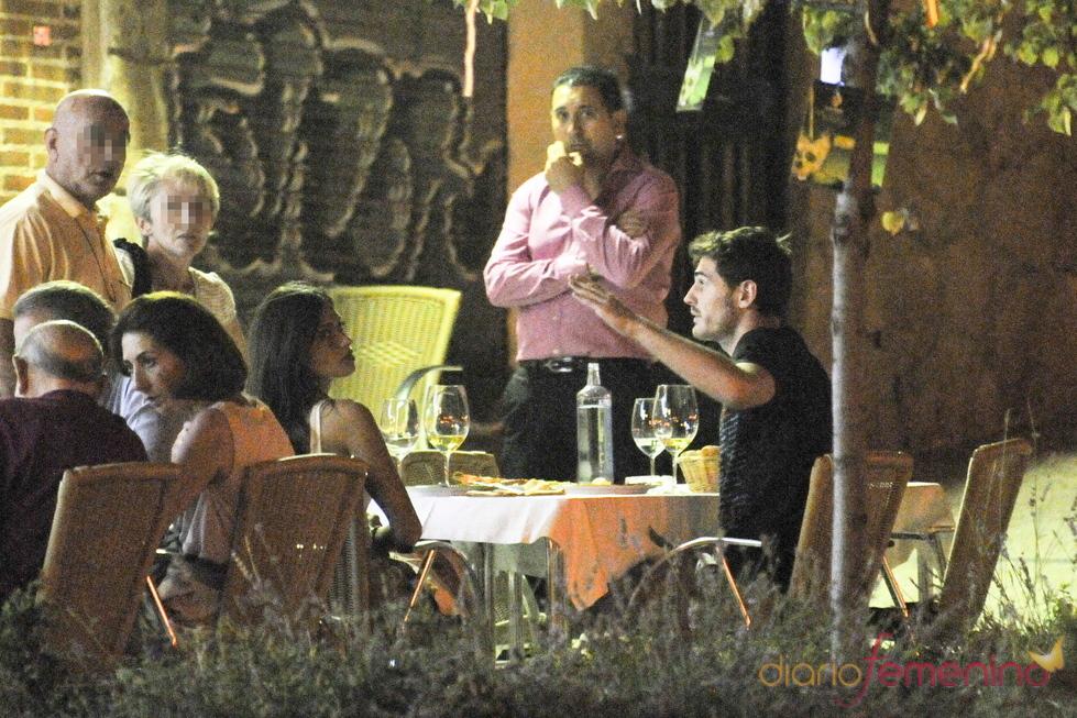 Iker Casillas y Sara Carbonero, enfadados con un fotógrafo