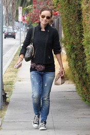 Olivia Wilde con look informal