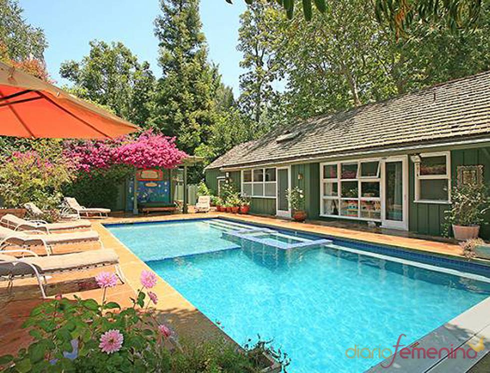 Piscina de la casa de los jonas brothers for Hacer piscina climatizada en casa