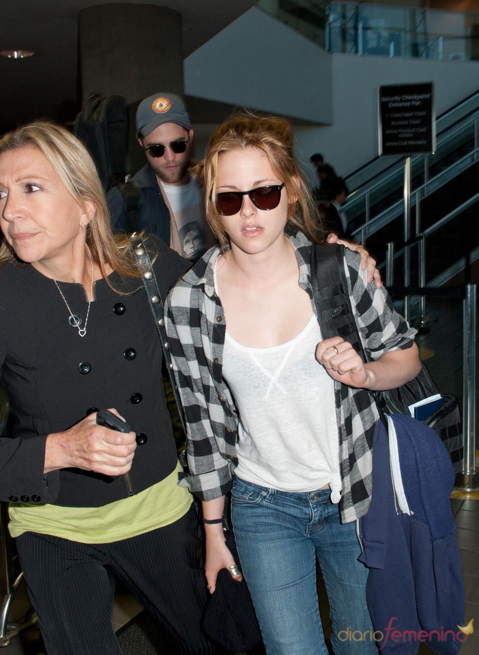 Robert Pattinson y Kristen Stewart regresan de Montreal