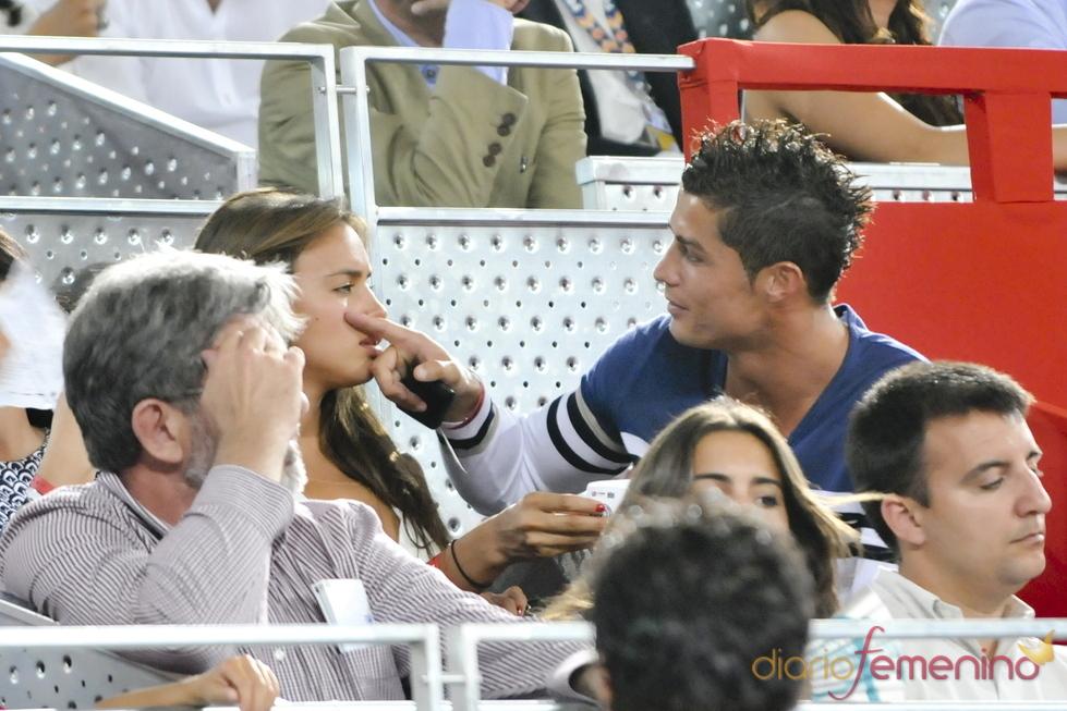 Gesto cariñoso de Cristiano Ronaldo a Irina Shayk