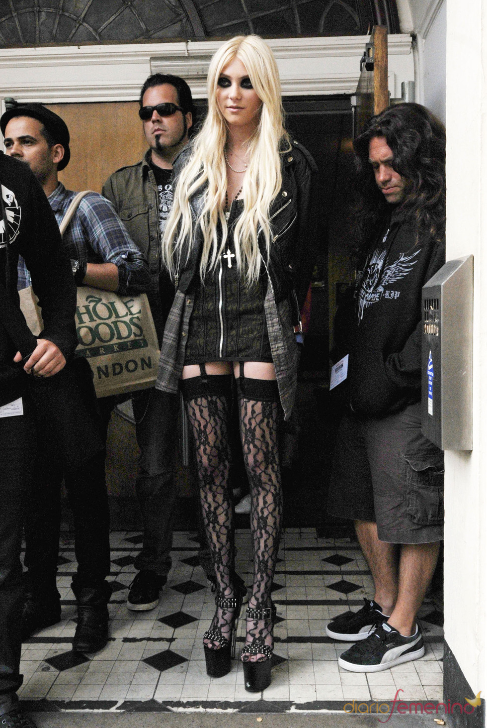 Taylor Momsen con look gótico