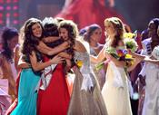 Felicitaciones a Jimena Navarrete, Miss Universo
