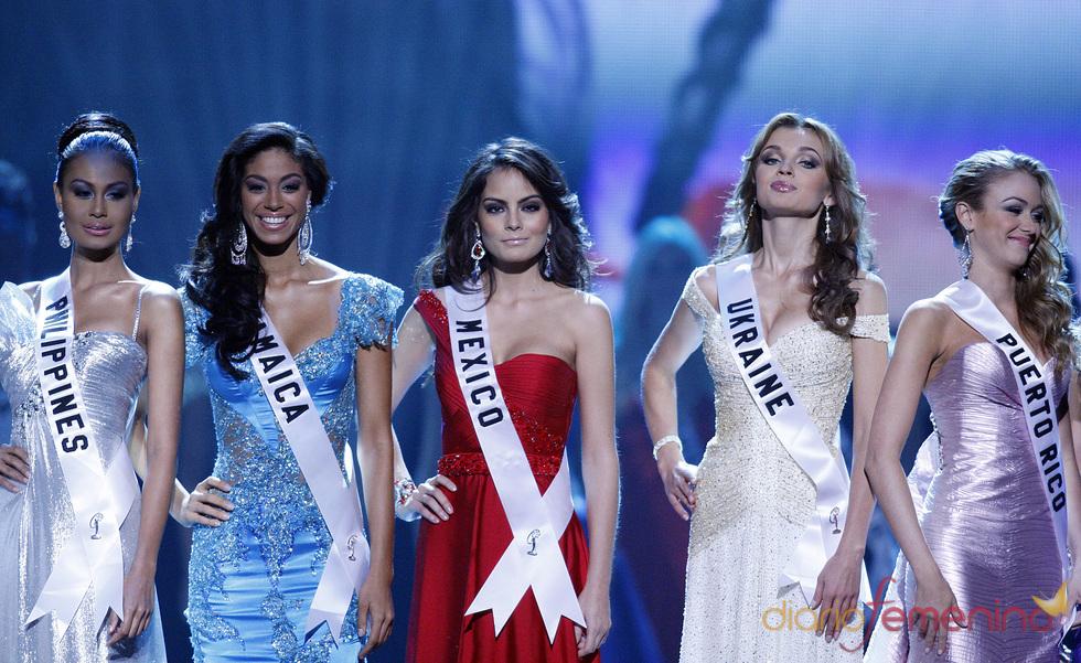 Jimena Navarrete triunfa en Miss Universo 2010