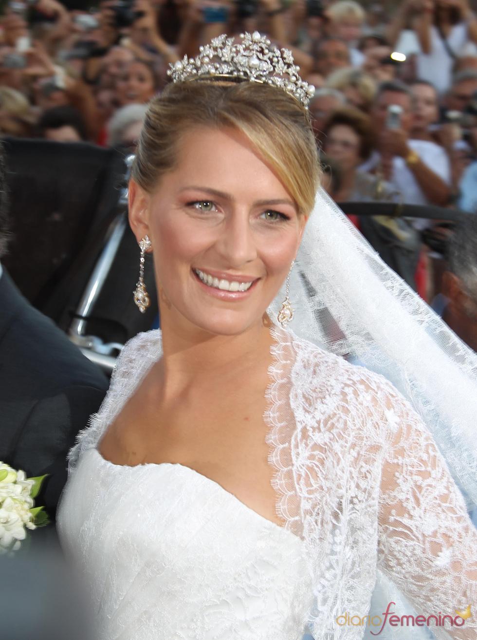 La radiante novia Tatiana Blatnik