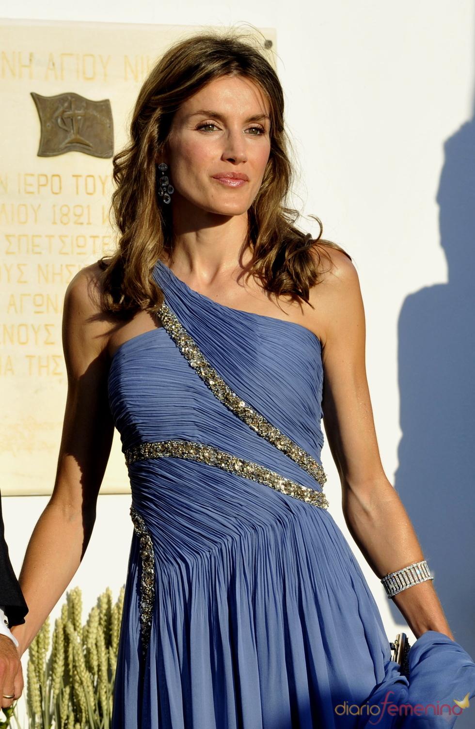 Letizia, espectacular en la boda de Nicoás y Tatiana
