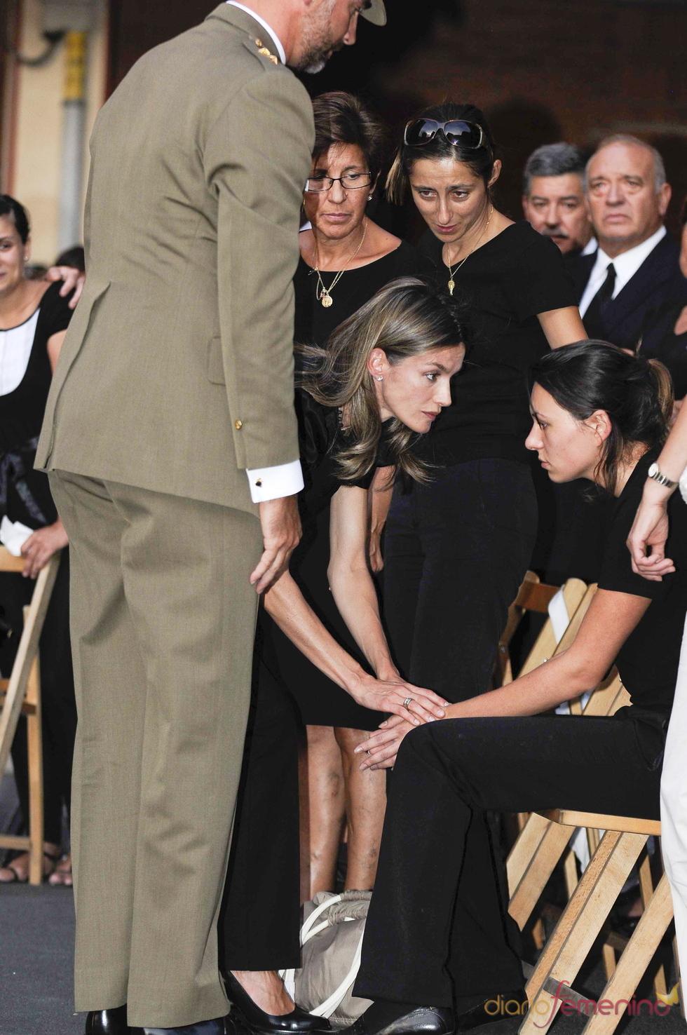 Los Principes de Asturias en el funeral de los guardias civiles asesinados