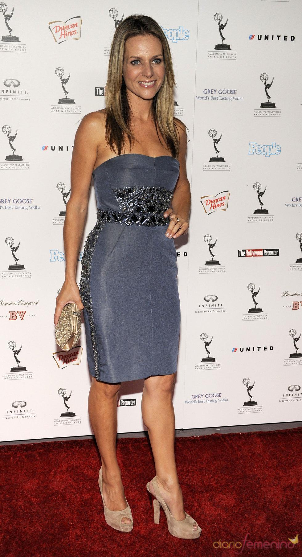 Jessalyn Gilsig en la fiesta previa de los Premios Emmy 2010