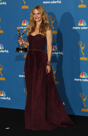 Kyra Sedgwick de 'The Closer' con su Emmy