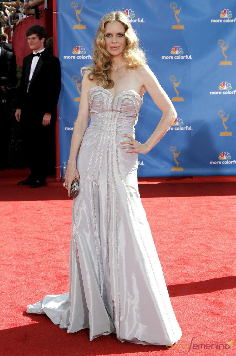 Kristin Bauer en los premios Emmy 2010