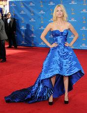 January Jones de  'Mad Men' en la alfombra roja de los premios Emmy 2010.