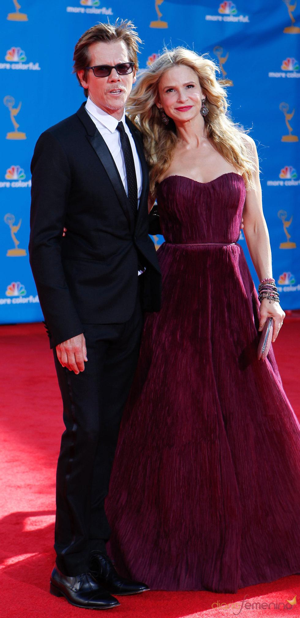 Kevin Bacon y Kyra Sedgwick en los Premios Emmy 2010