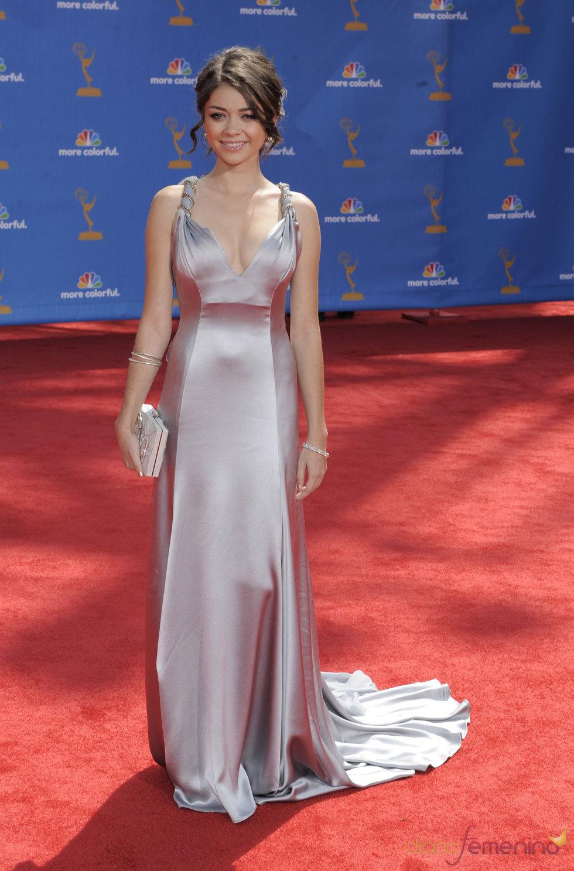 Sarah Hyland de 'Modern Family' en los Premios Emmy 2010