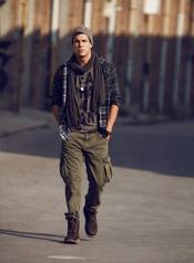 Mario Casas, modelo de Mustang