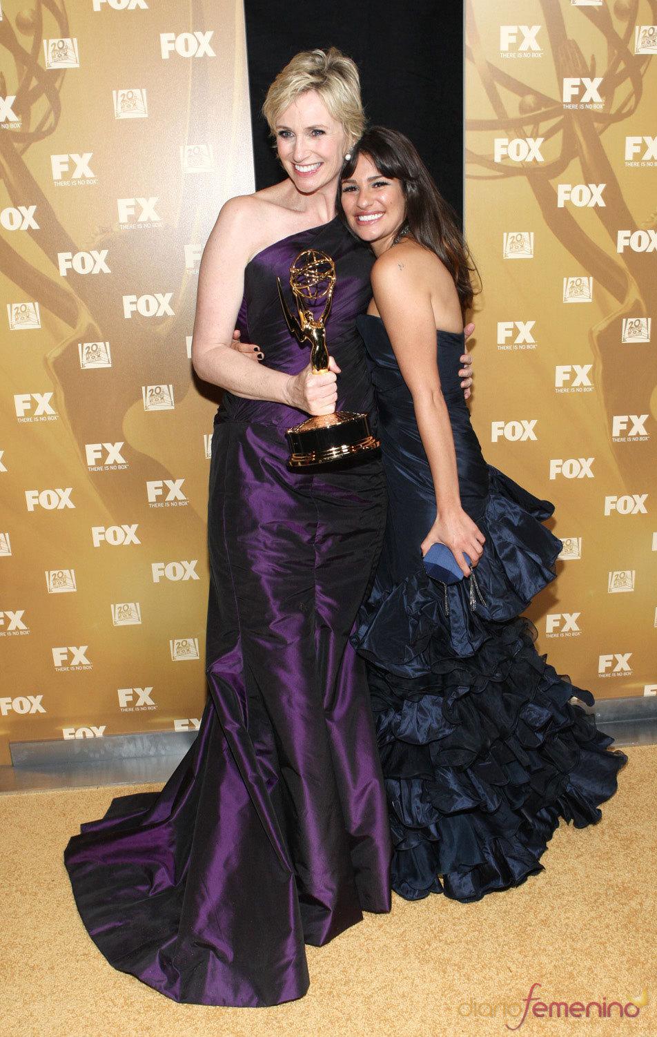 Jane Lynch y Lea Michele de Glee