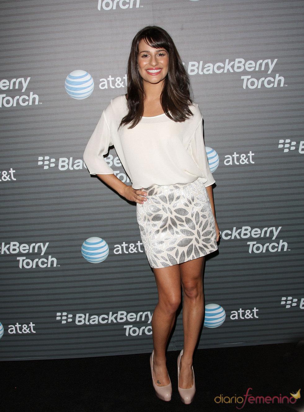 Lea Michele de Glee haciendo publicidad de la Blackberry