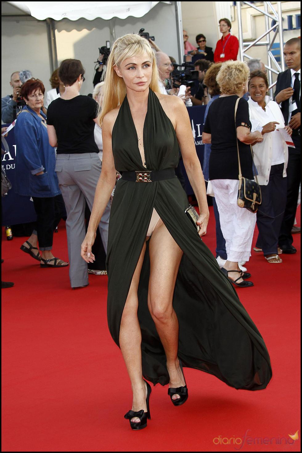 El vestido indiscreto de Emmanuelle Béart