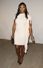 Serena Williams con vestido blanco
