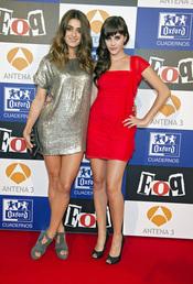 Lucía Ramos y Olivia Molina posan juntas
