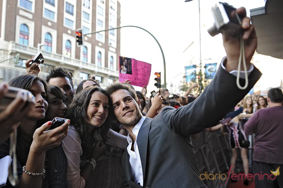Marc Clotet con sus fans