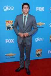 Harry Shum Jr. en la premiere de 'Glee'