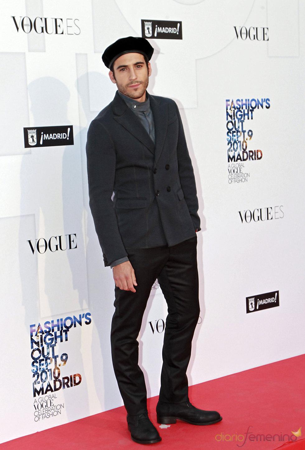 Miguel Ángel Silvestre en la 'Vogue Fashion Night Out' en Madrid