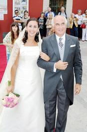 Cristina Gómez Fernández-Lomana se casó ante la presencia de su tía Carmen
