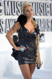 MTV Video Music Awards 2010 con Kesha