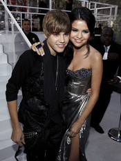 Selena Gomez y Justin Bieber en los MTV Video Music Awards 2010