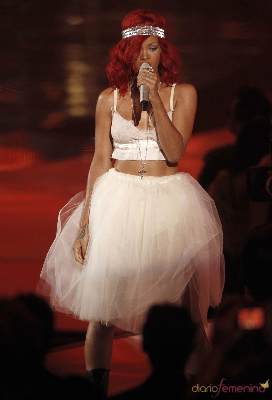 Actuación de Rihanna en los MTV Video Music Awards 2010