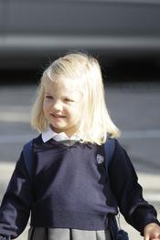 La infanta Sofía ya va al colegio