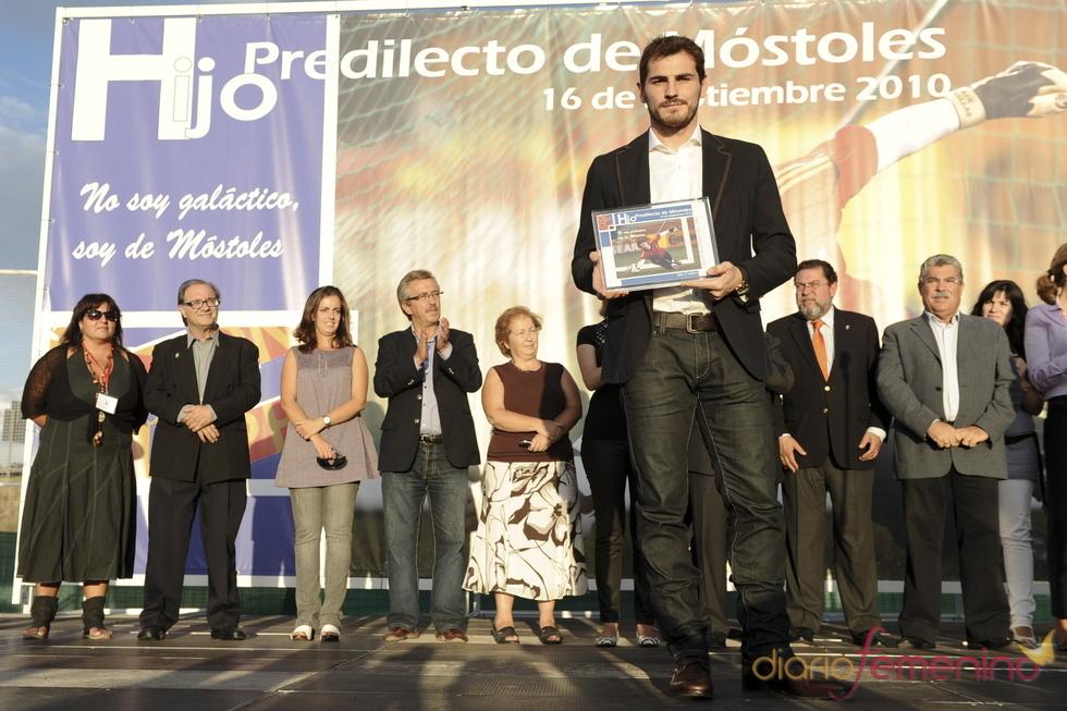 Emoción de  Iker Casillas, hijo predilecto de Móstoles